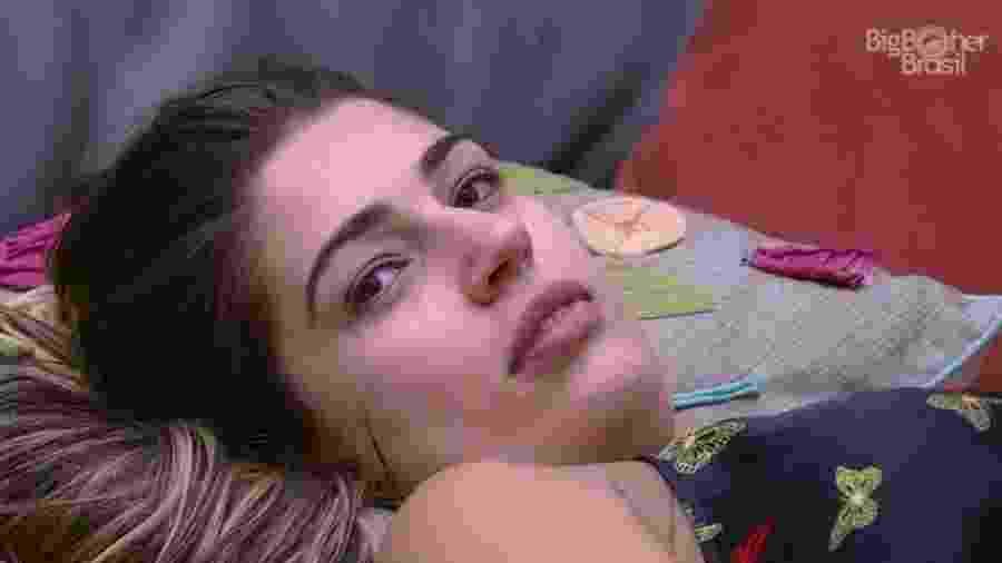 Os confinados cogitaram sobre o resultado de um paredão entre Vivian e Emilly - Reprodução/TVGlobo