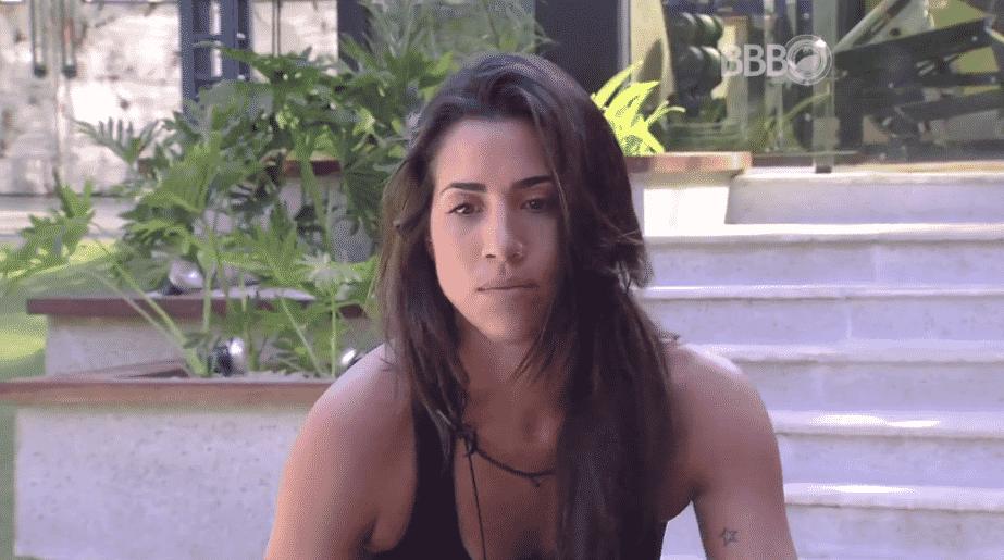 """5.fev.2016 - Juliana diz pensar em indicar Ana Paula para o próximo paredão do """"BBB16"""" - Reprodução/TV Globo"""