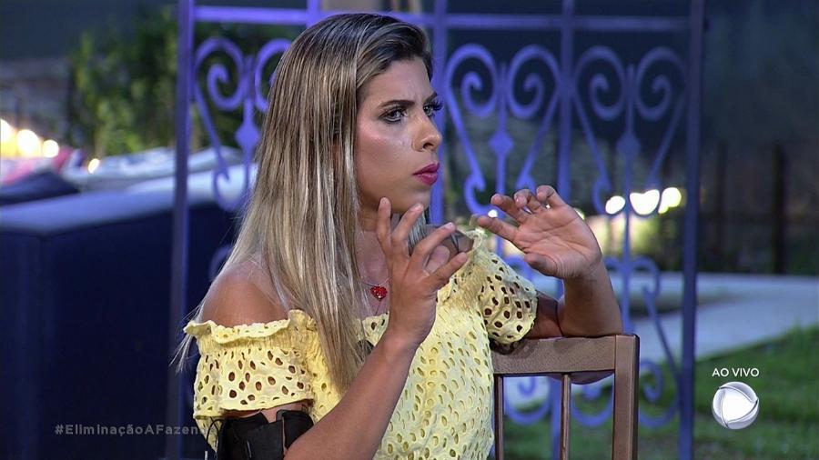 Ana Paula Minerato fala do episódio do edredom com Marcos  - Reprodução/Record
