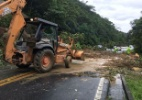Mogi-Bertioga segue interditada 3 dias após queda de barreira - Divulgação Polícia Militar Rodoviária