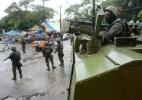 Militares e polícias destroem barricadas e apreendem armas no Rio - Tânia Rêgo/Agência Brasil