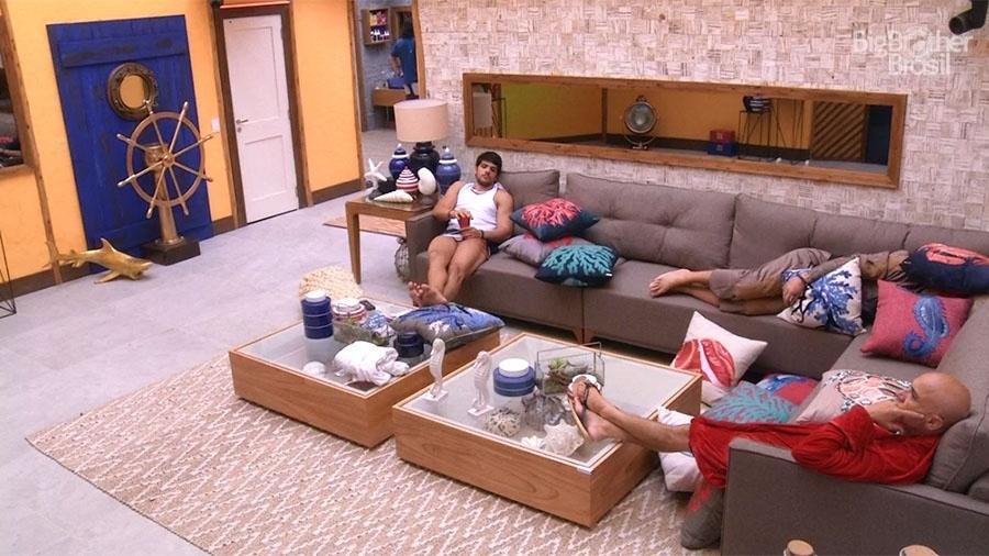 Câmera do confessionário mudou para a sala da casa quando Jéssica entrou - Reprodução/GloboPlay