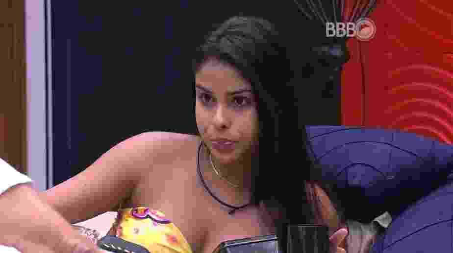 14.fev.2016 - Munik conta para Geralda, Ronan e Ana Paula que Tamiel espera receber três votos o paredão deste domingo (14) - Reprodução/TV Globo