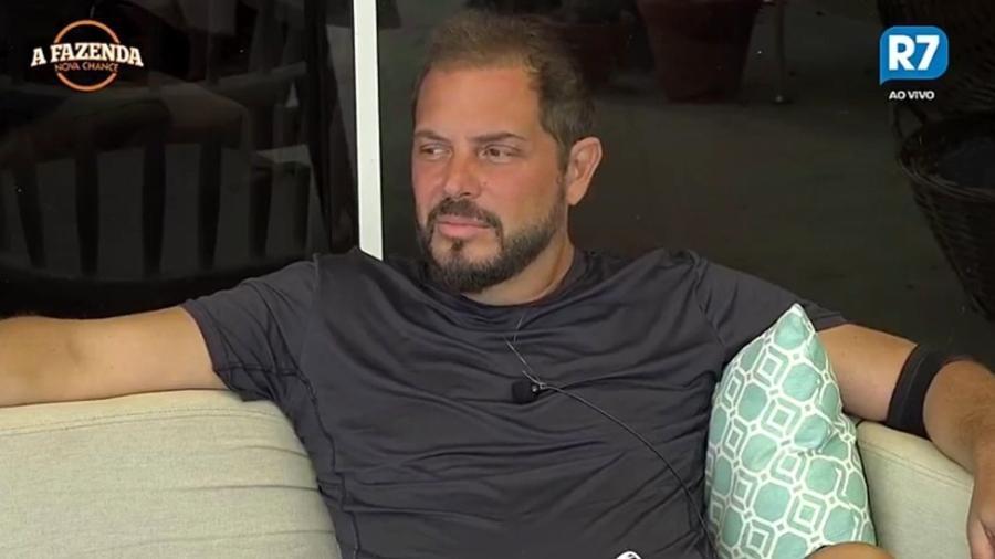 """Conrado fala sobre sua tática de jogo em """"A Fazenda 9"""" - Reprodução/R7"""