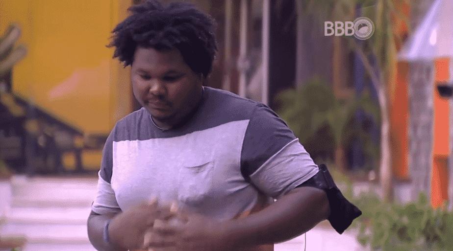"""22.mar.2016 - Ronan diz que não irá mais chamar Dona Geralda de """"vovó"""", no """"BBB16"""" - Reprodução/TV Globo"""