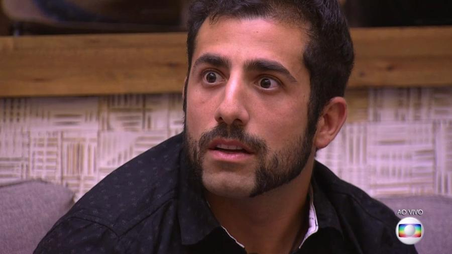 Kaysar se espanta ao descobrir que teria de indicar alguém para o paredão  - Reprodução/TvGlobo