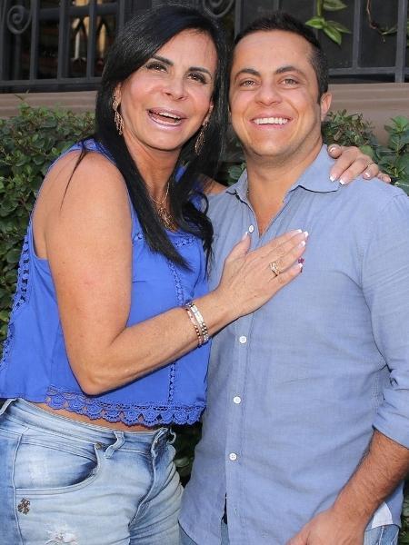 Gretchen e Thammy sorridentes antes de almoçar em São Paulo - Thiago Duran/AgNews