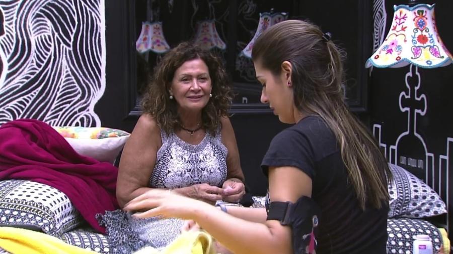 """Ieda fala sobre ciúmes de Emilly e Vivian afirma: """"Paga de doida"""" - Reprodução/ TV Globo"""