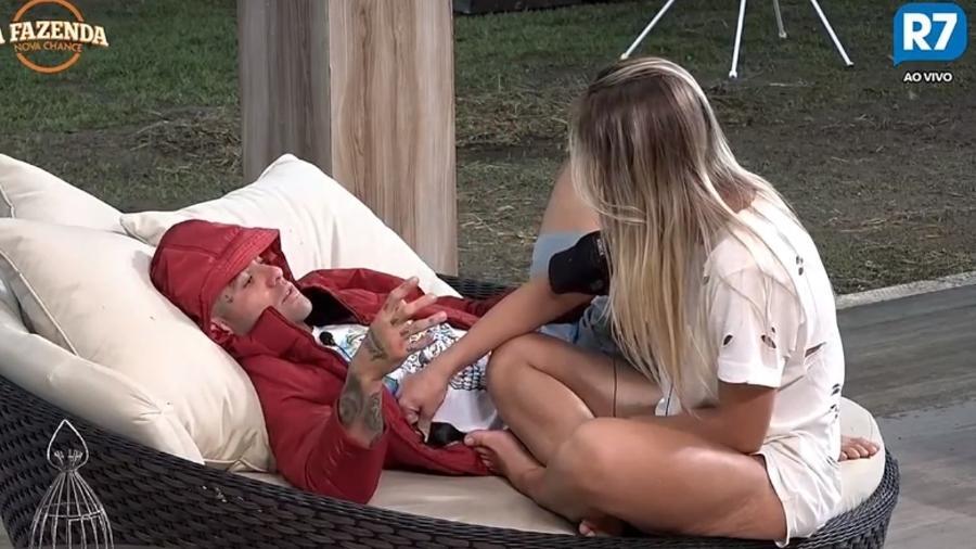 Yuri e Monick discutem relacionamento - Reprodução/R7