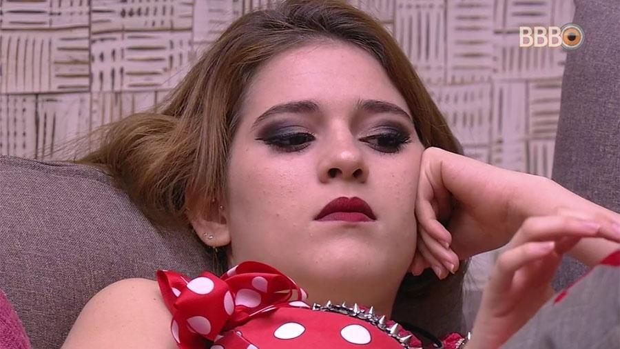 Ana Clara fica pensativa antes da festa - Reprodução/GlobosatPlay