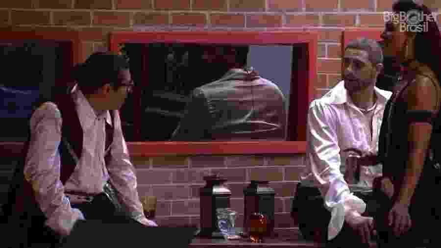 Daniel, Ilmar e Marinalva conversam sobre ausência da prova do anjo - Reprodução/TV Globo