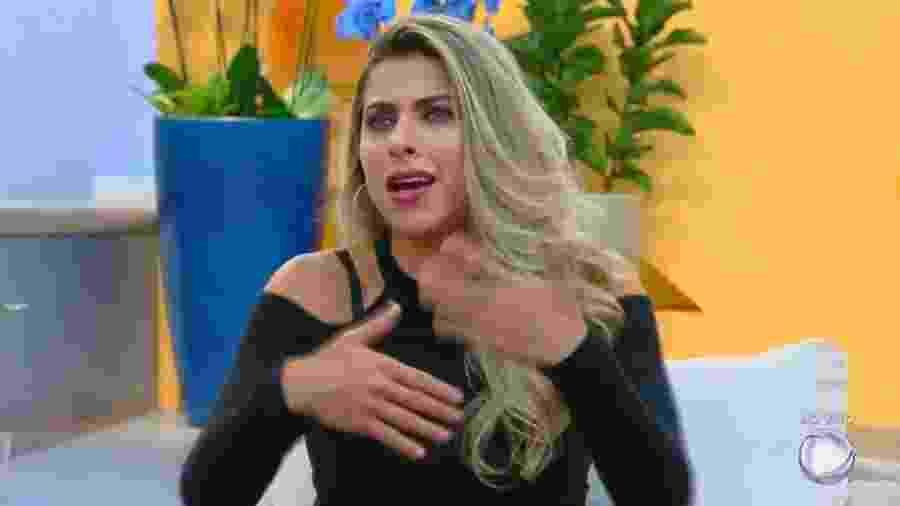 """Ana Paula Minerato no """"Hoje em Dia"""" - Reprodução/R7"""