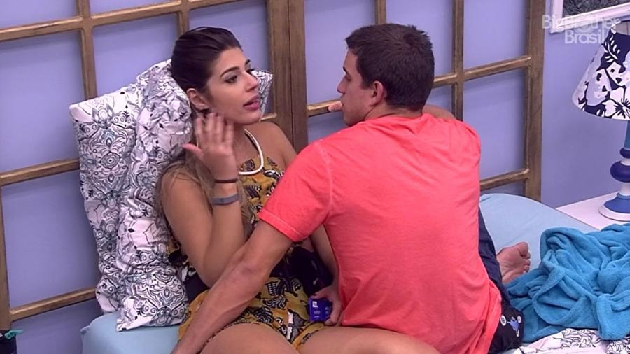 """Vivian e Manoel discutem no """"BBB17"""" - Reprodução/TV Globo"""