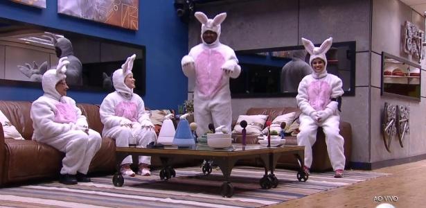 Participantes se vestiram de coelhinhos para participar da segunda etapa da prova do líder - Reprodução/TV Globo
