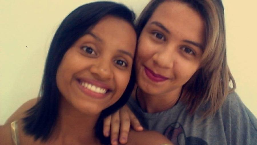 """Gleici e Rebeka são amigas há cinco anos.""""Ela é o ser humano mais doce que eu conheço na vida"""", diz a estudante de Direito e que ficou em Rio Branco torcendo pela sister  - Reprodução/Facebook/@rebekarodrigues"""