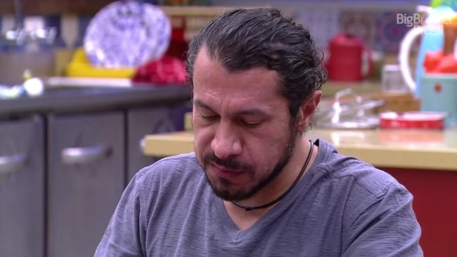 """Rômulo diz querer deixar o """"BBB17"""" - Reprodução/TVGlobo"""