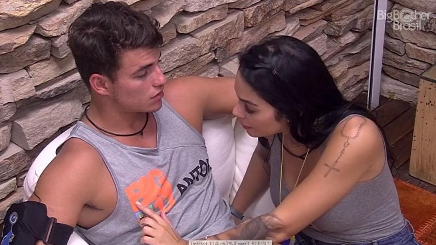 Mayara alerta Antônio sobre Emilly - Reprodução/TV Globo