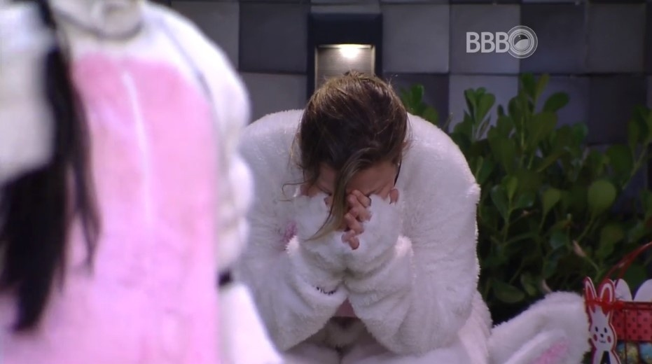 27.mar.2016 - Decepcionada, Maria Claudia caiu no choro após o término da prova