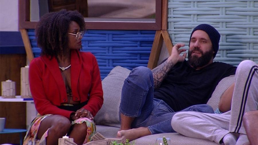 """Caruso conversa com brothers sobre o paredão no """"BBB18"""" - Reprodução/GloboPlay"""