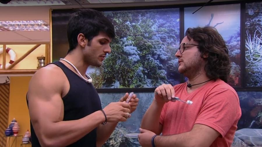 Lucas e Diego conversam sobre Nayara - Reprodução/Globoplay