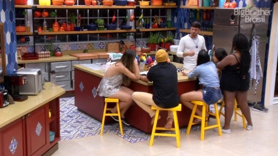 Brothers comentam sobre a saída de Gabriela Flor - Reprodução/TV Globo