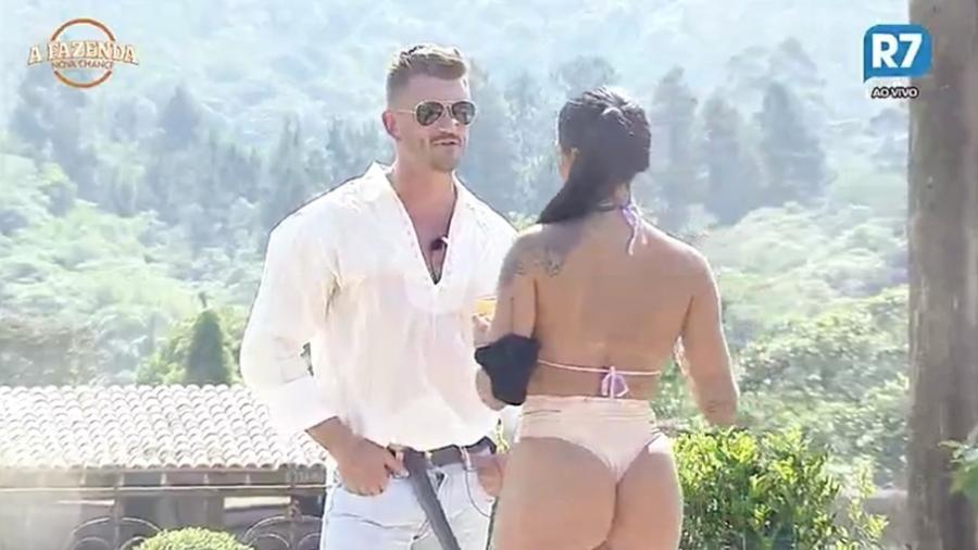 """Marcos e Monique Amin falam sobre bebida em """"A Fazenda 9"""" - Reprodução/R7"""