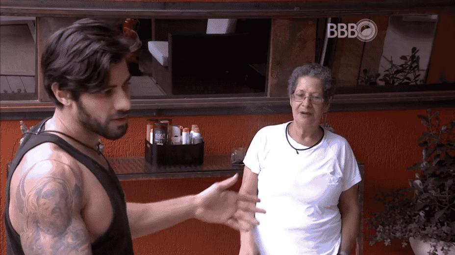"""29.fev.2016 - No """"BBB16"""", Geralda critica Ana Paula - Reprodução/TV Globo"""