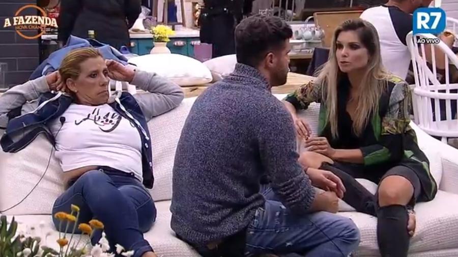 Marcelo e Flávia falam sobre a roça da semana - Reprodução/R7