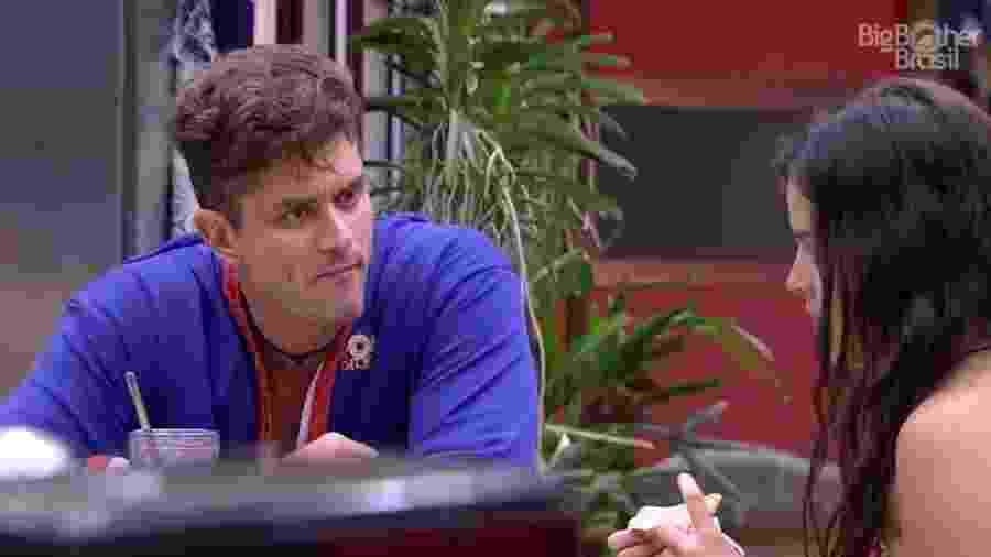 Marcos acredita que recado da família era referente a Emilly - Reprodução/ TV Globo