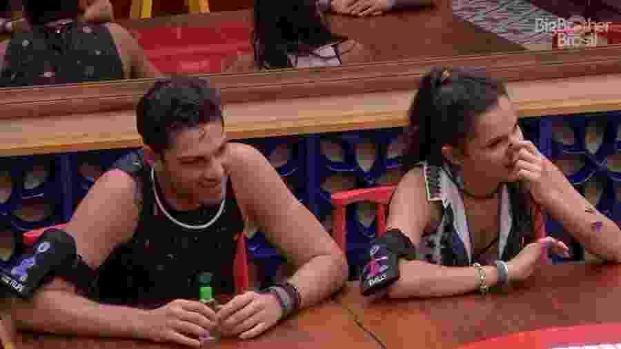 Luiz Felipe e Emilly reclamam da comida da casa - Reprodução/TV Globo