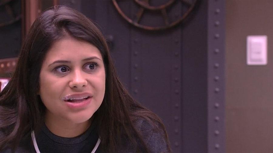 """Ana Paula conversa no quarto do """"BBB18"""" - Reprodução/GloboPlay"""
