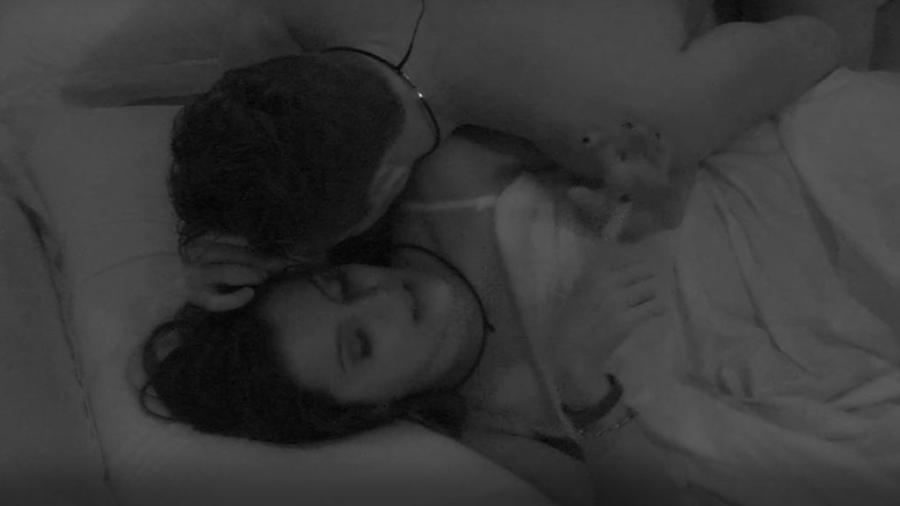 """Marcos se declara a Emilly: """"Apaixonado"""" - Reprodução/TVGlobo"""