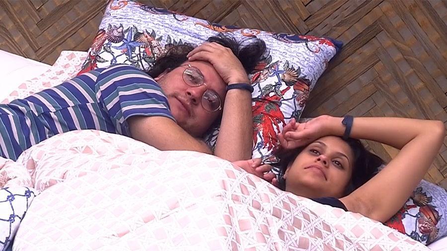 Diego e Ana Paula conversam no bangalô do líder - Reprodução/GloboPlay