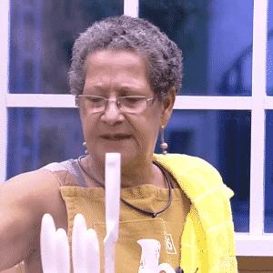 """2.mar.2016 - Ana Paula comparou Geralda com Palmirinha no """"BBB16"""" - Reprodução/TV Globo"""