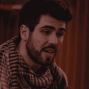 """19.mar.2016 - Brothers recebem visita de ator libanês.  """"Eu tenho uma missão na casa, mas não posso falar [qual é]"""" - Reprodução/TV Globo"""