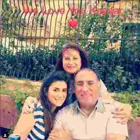 A família Dadour reunida: Diana, Celine e Giorgio - Arquivo pessoal / Facebook - Arquivo pessoal / Facebook