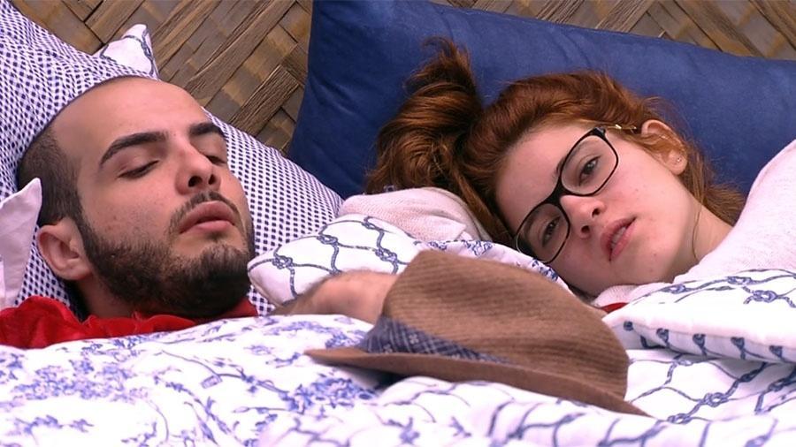 """Ana Clara conversa com brothers no """"BBB18"""" - Reprodução/GloboPlay"""
