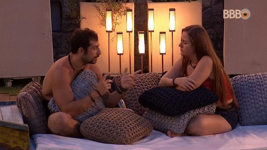 """Kaysar e Patrícia falam sobre """"affair"""" - Reprodução/Globoplay"""