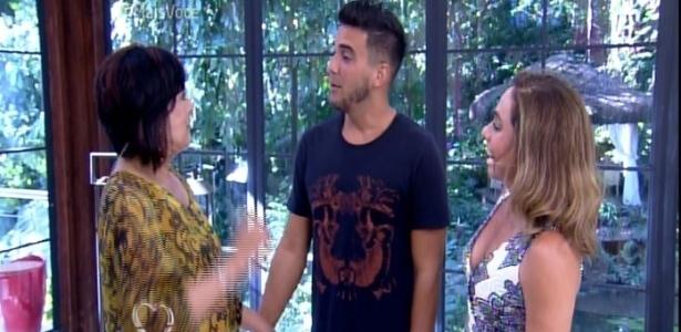 """André Marques e Cissa Guimarães recebem Harumi no """"Mais Você"""" - Reprodução/TV Globo"""