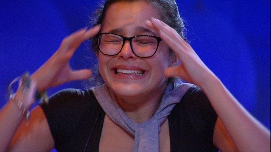 Emilly chora ao vencer prova do líder - Reprodução/TVGlobo