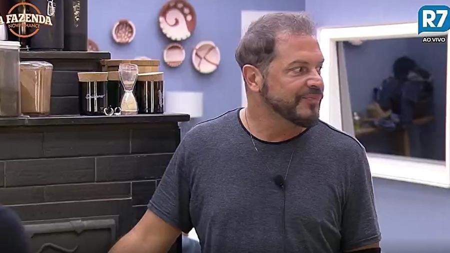 Conrado foi um dos peões que mais elogiou o show de Latino - Reprodução/R7