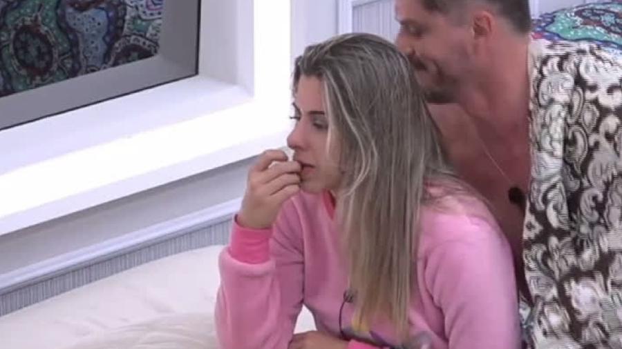 Ana Paula Minerato e Marcos Harter - Reprodução/R7