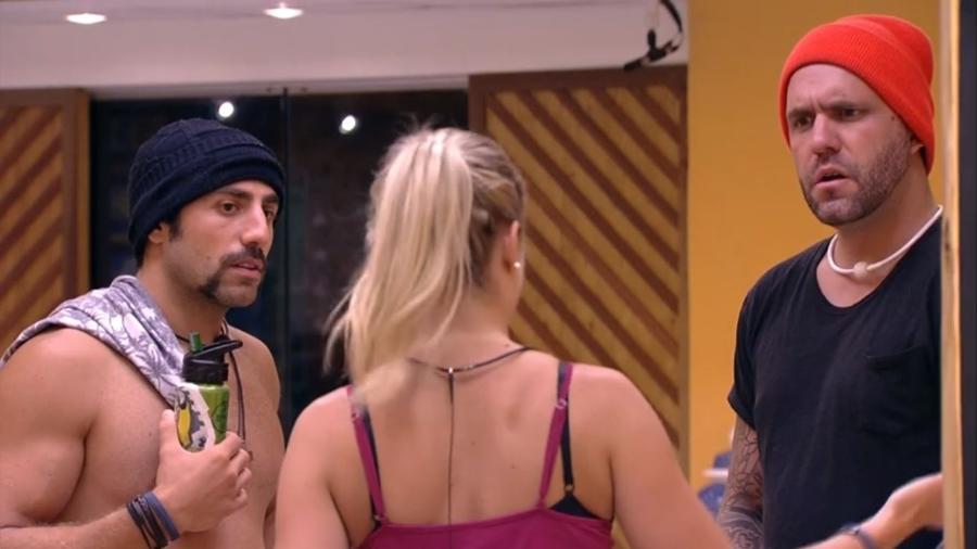Jéssica tira satisfações com Caruso após escutar conversa do brother - Reprodução/Gshow