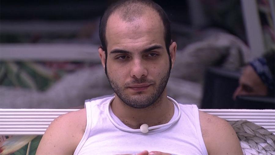 """Mahmoud conversa com brothers no """"BBB18"""" - Reprodução/GloboPlay"""