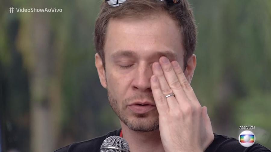 """Tiago Leifert se emociona durante o """"Vídeo Show"""" - Reprodução/TVGlobo"""
