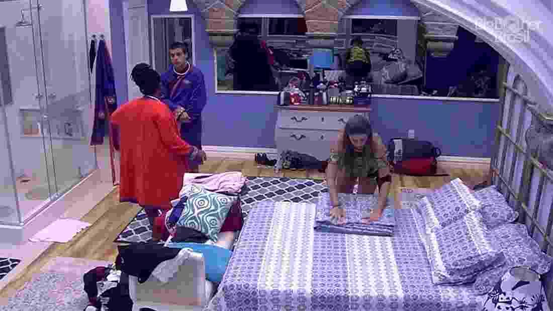 Roberta e Manoel conversam sobre o próximo paredão - Reprodução/TV Globo