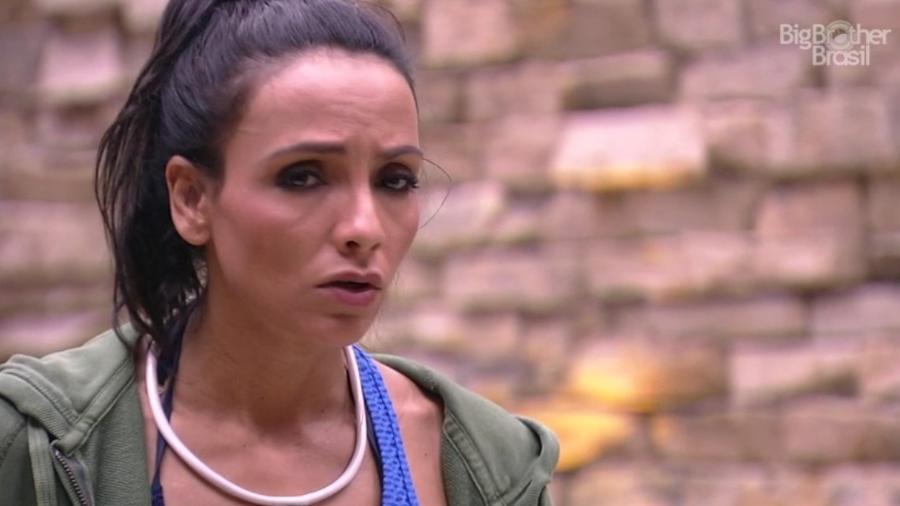 Marinalva acha que Emilly não gosta de si mesma - Reprodução/TV Globo