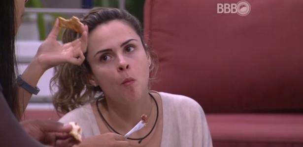 Sem saber, Ana Paula fez uma propaganda involuntária ao programa da Xuxa, da Record - Reprodução/TV Globo