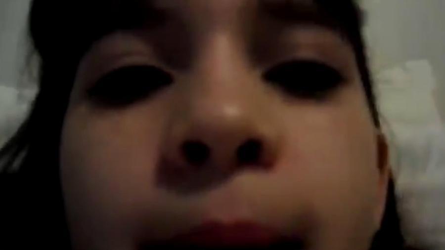 """Ana Clara, aos 9 anos, pede pela entrada de Ayrton no """"BBB"""" - Reprodução/Twitter"""