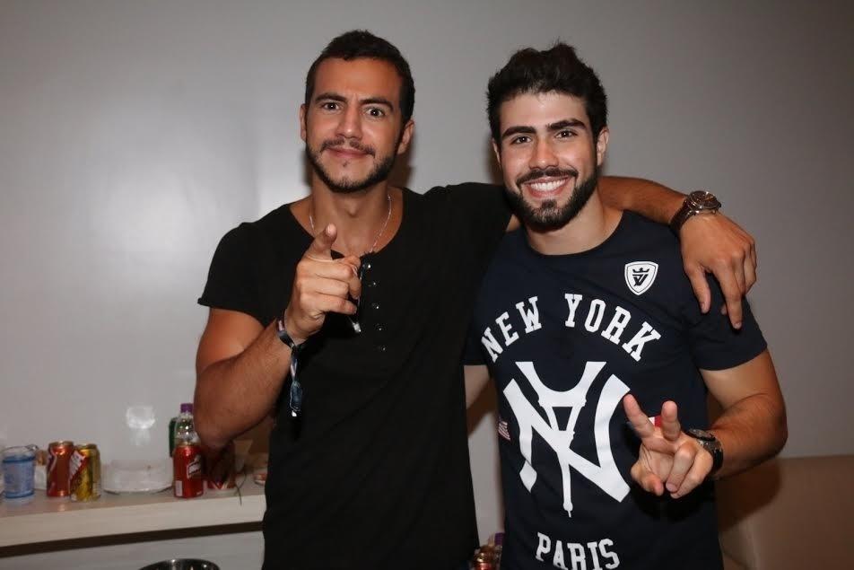 1.abr.2016 - Parece que Matheus e Juliano Laham ficaram amigos após se conhecerem no